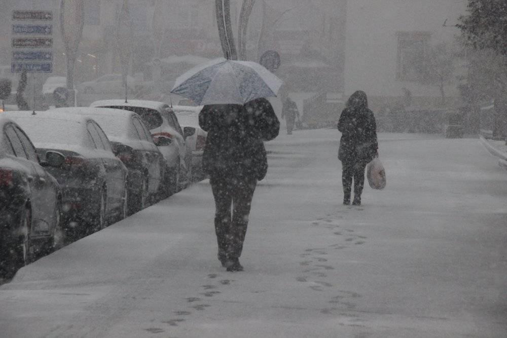Mart ayında yağan karla birlikte Yozgat'ta göz gözü görmedi 2