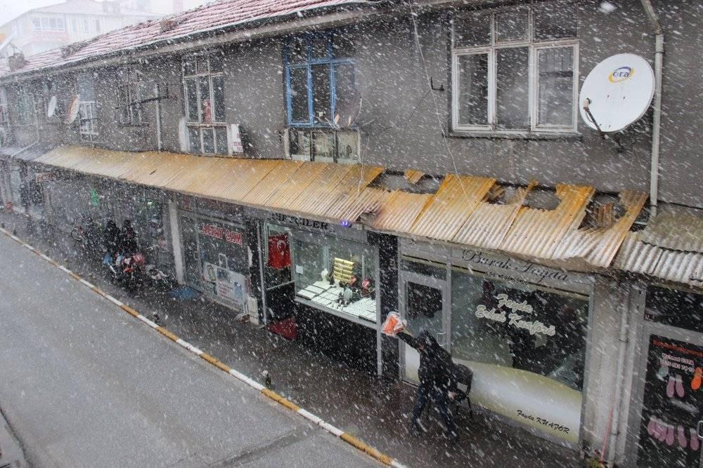 Mart ayında yağan karla birlikte Yozgat'ta göz gözü görmedi 3