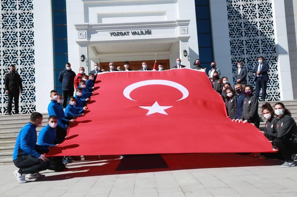 Anadolu gönül yolu: 81 genç 81 bayrak 3