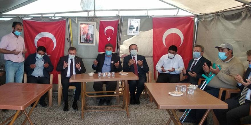 Ak Parti Yozgat Milletvekili Bekir Bozdağ'dan şehit ailesine ziyaret
