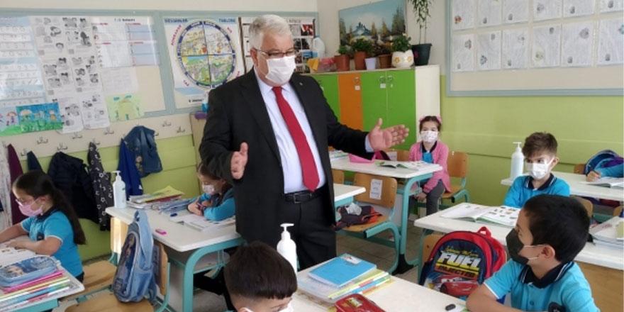 Yozgat İl Milli Eğitim Müdürü Yazıcı, okul ziyaretlerini sürdürüyor