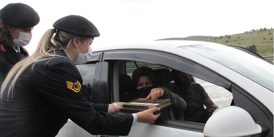 Yozgat İl Jandarma Komutanlığı sürücüleri sevindirdi