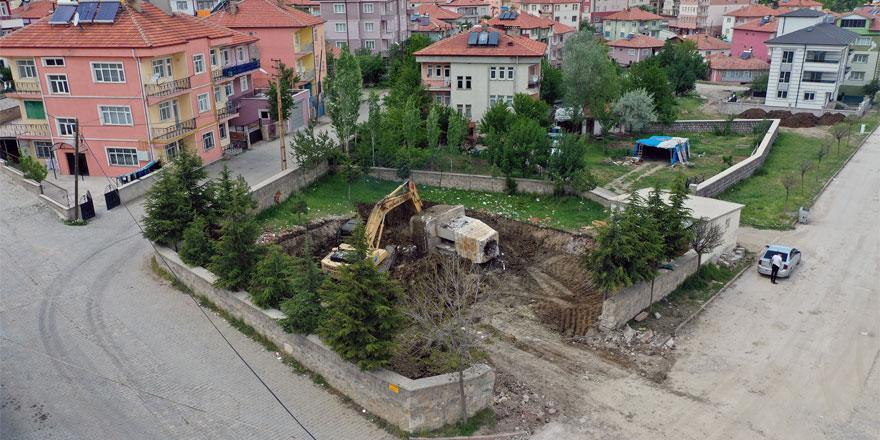 Akdağmadeni'nde temeli atıldı! Vatandaşlara destek çağrısında bulundu