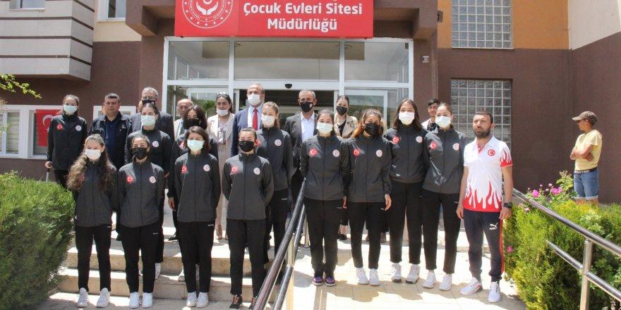 Yozgat ASP Gençlikspor Kulübü'nden bilgilendirme toplantısı