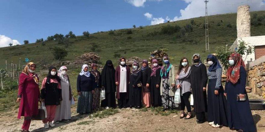 Ak Parti Yozgat Kadın Kolları gönül seferberliğinde