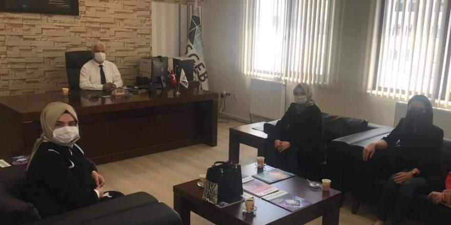 Ak Parti Yozgat Kadın Kolları Başkanlığı ziyaretlere hız verdi