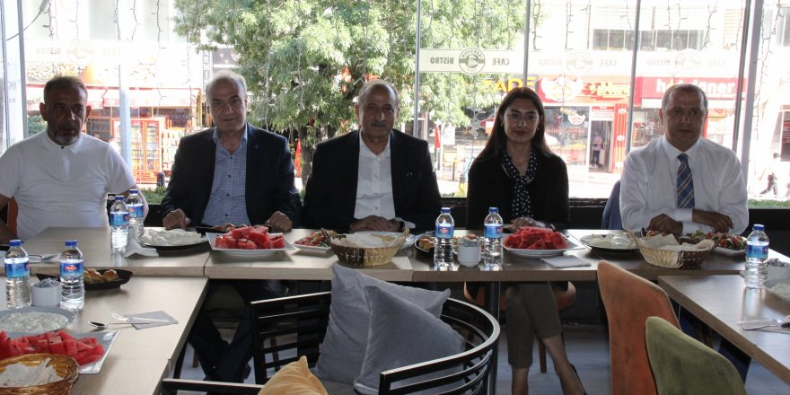 DEVA Partisi Genel Sekreteri Medeni Yılmaz Yozgat'ı ziyaret etti