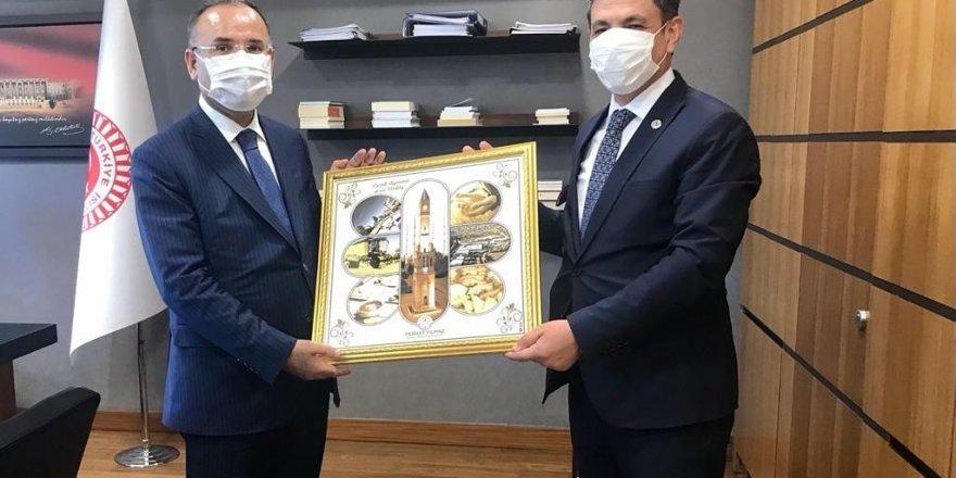 Yerköy Belediye Başkanı Yılmaz'dan Bozdağ'a ziyaret