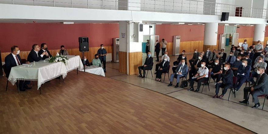 Yozgat Valisi Polat, İlçe ve köy ziyaretlerini sürdürüyor