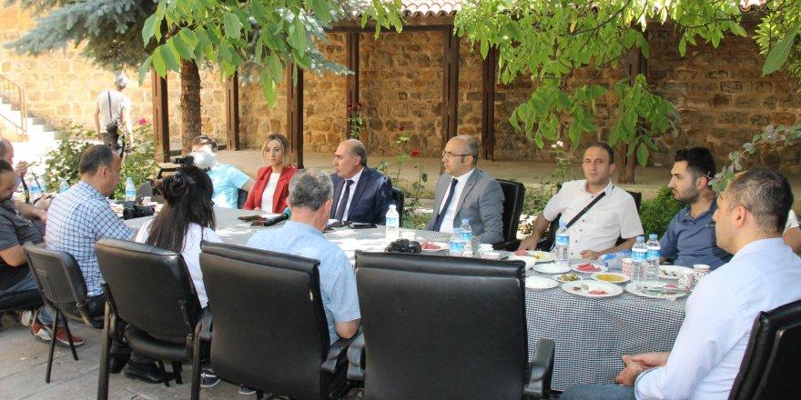 Yozgat'ta tarihi binada ilk toplantı