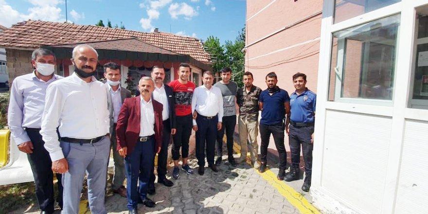 MHP Yozgat'ta halkla kucaklaşıyor
