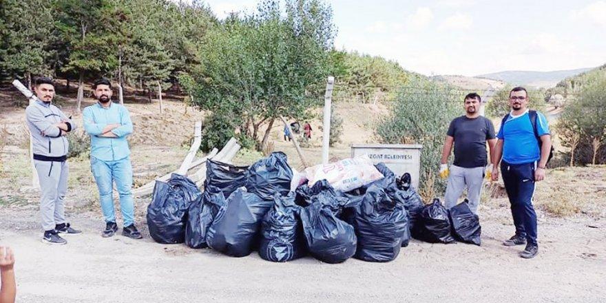 """Yozgat'ta 4 genç gönüllü olarak başlattı! """"Vicdanımız sızlıyordu"""" deyip.."""