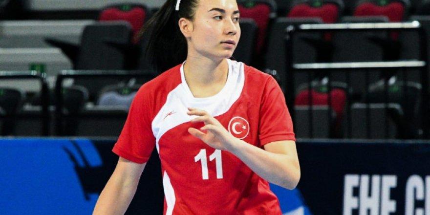 Milli sporcumuz Atiye Gülseven, maçın yıldızı seçildi