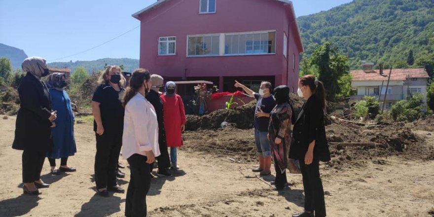 Yozgat'tan afetten etkilenen bölgelere gittiler