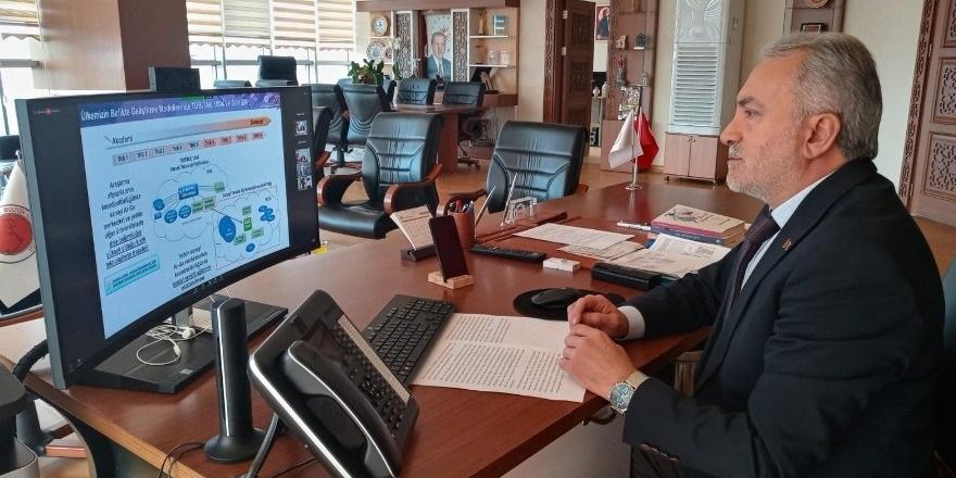 Prof. Dr. Ahmet Karadağ araştırma ve inovasyon çalıştayına katıldı