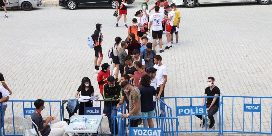 Türkiye'nin pek çok ilinden Yozgat'a geldiler! 624 aday ter döktü