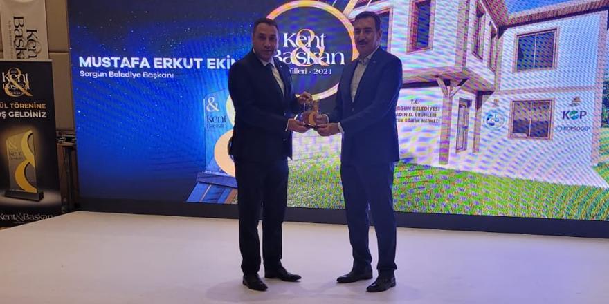Sorgun Belediyesi'nin 'Hilal Evleri' projesine ödül