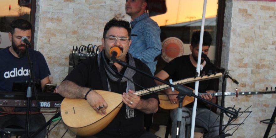 Yozgatlı isim yılın sanatçısı seçildi