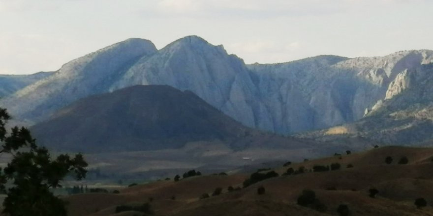 Kazankaya Kanyonu'nda Atatürk silüeti