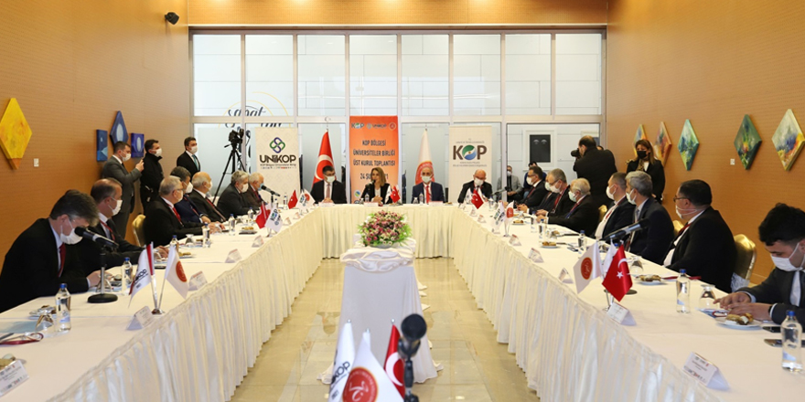 UNİKOP'ta Prof. Dr. Semih Aktekin dönemi başladı