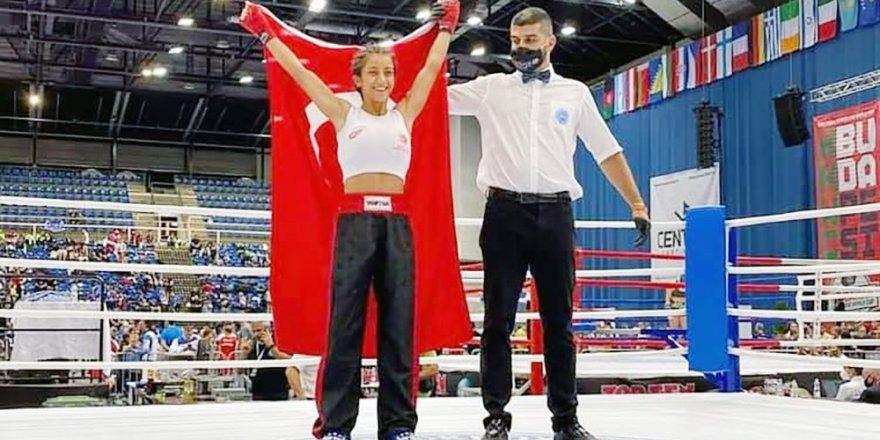 Yozgatlıları gururlandırdı! Melike Gençaslan Dünya Şampiyonu
