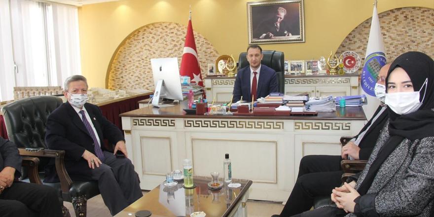 Ak Parti Yozgat İl Başkanı Başer'den Sarıkaya Belediye Başkanı Açıkel'e ziyaret