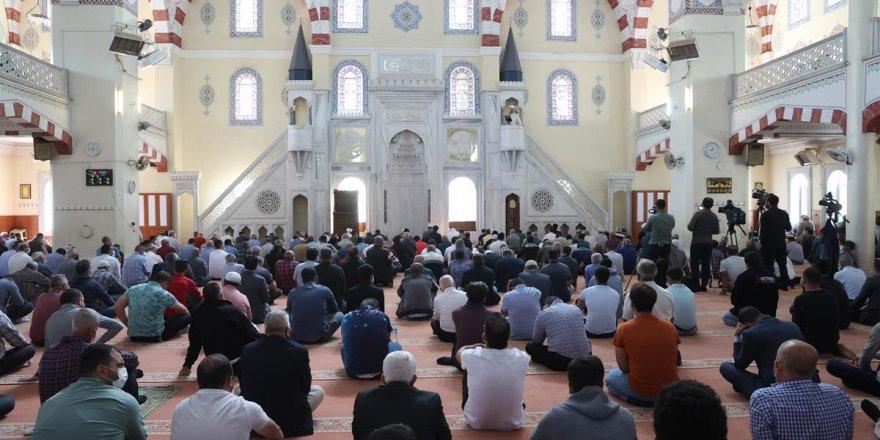Diyanet İşleri Başkanı Erbaş, Gaziantep'te hutbe irad etti