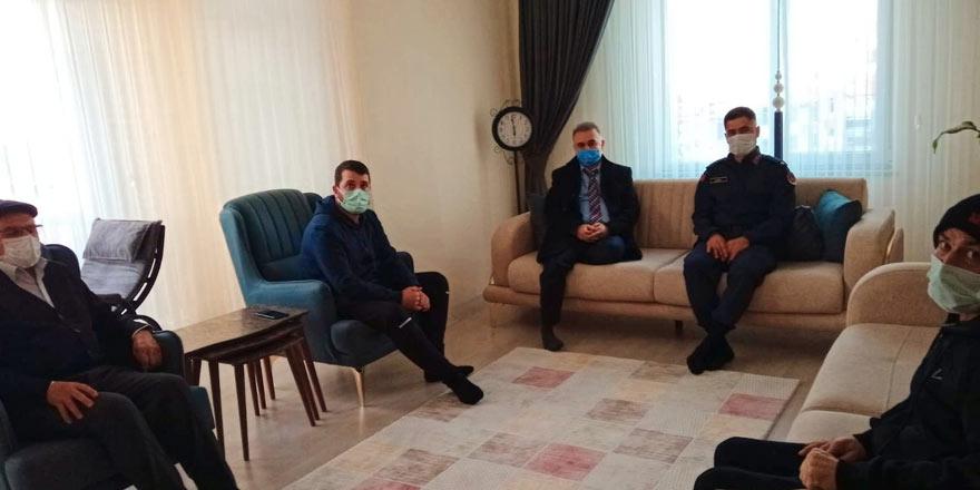 Sarıkaya Kaymakamı Işık'tan Gazi Süleyman Ersoy'a anlamlı ziyaret