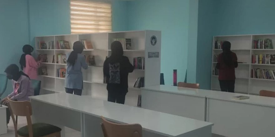 Kadışehri İlçe Halk Kütüphanesi açıldı