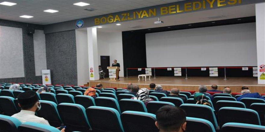 "Yozgat İl Müftüsü Ali Gülden'den ""vefa"" konferansı"