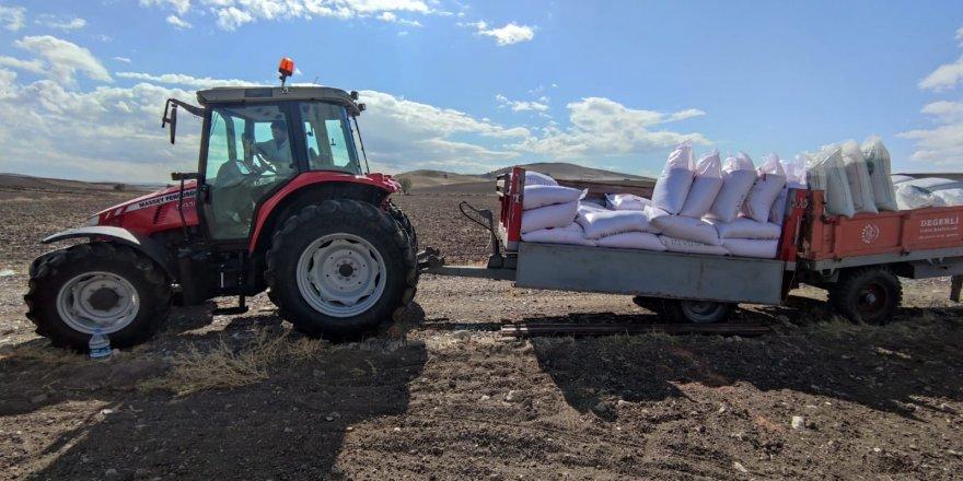 Yozgat'ta hububat ekimi devam ediyor