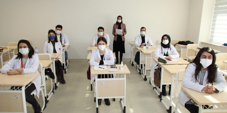 Yozgat Bozok Üniversitesi'nde yüz yüze eğitimler başladı