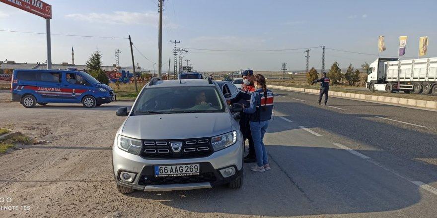 Yozgat'ta jandarmadan trafik denetimi