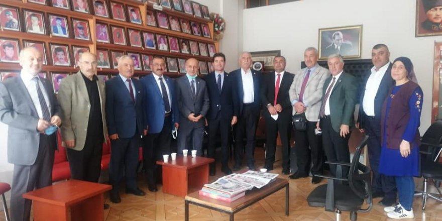CHP'li Milletvekilleri Yozgat'ta STK'ları ziyaret etti