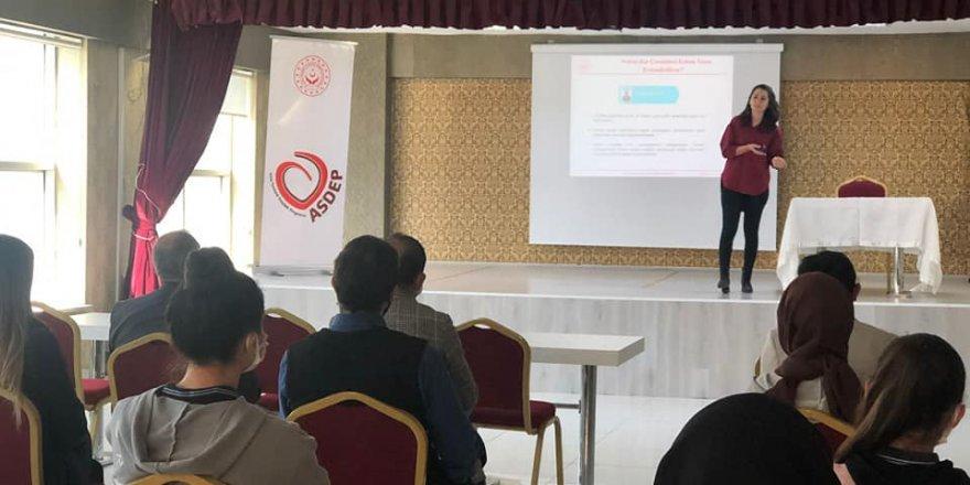 """Kadışehri'nde """"Erken Yaşta ve Zorla Evlilikle Mücadele"""" semineri"""