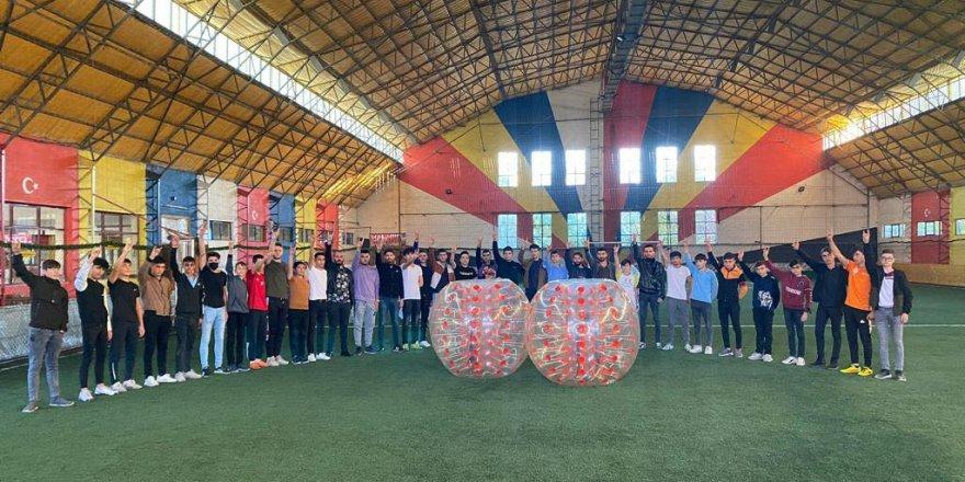 Yozgat'ta Ülkü Ocakları gençleri sevindirdi