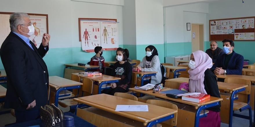 Yozgat İl Milli Eğitim Müdürü Yazıcı açıkladı! 9 okul hak kazandı