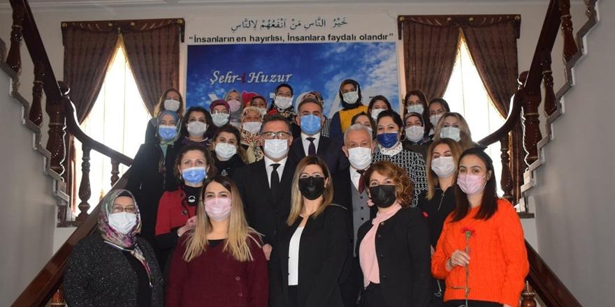 Hizmet İş Sendikası Yozgat Şube Başkanı Zarasız: Kadın toplumun temelidir