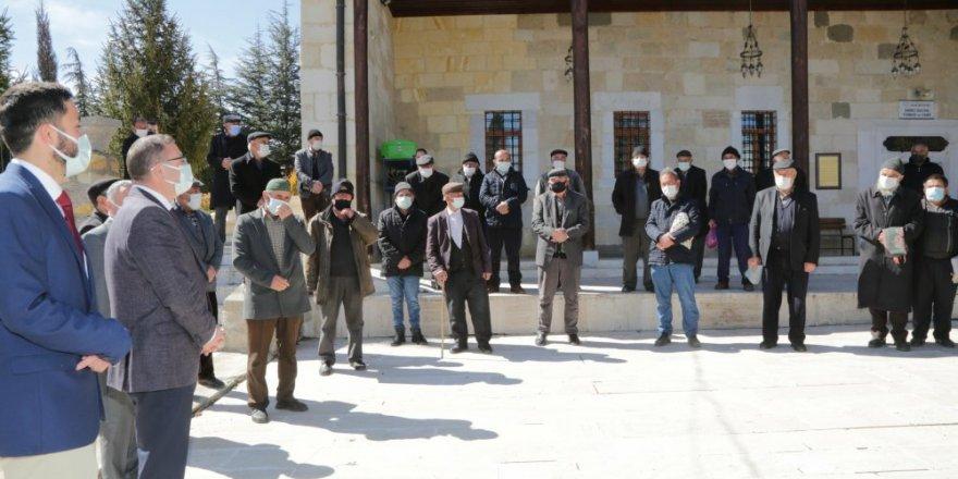 Yozgat Valisi Ziya Polat köy köy gezmeye devam ediyor