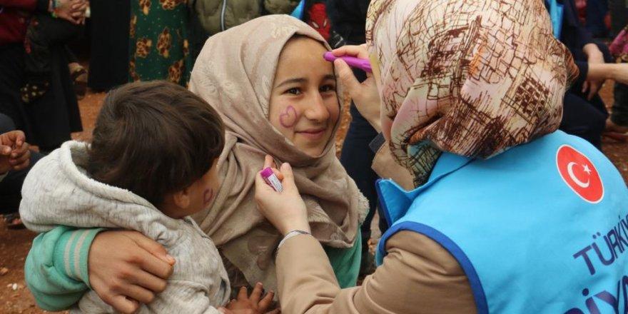 TDV Gençlik Kollarından İdlib'de fidan dikimi ve kardeşlik ziyareti