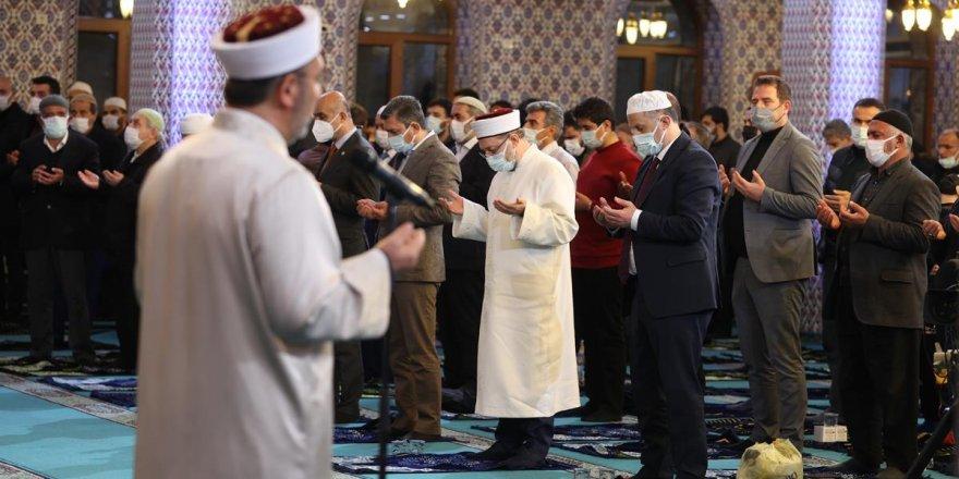 Berat Gecesi Türkiye genelinde coşkuyla kutlandı