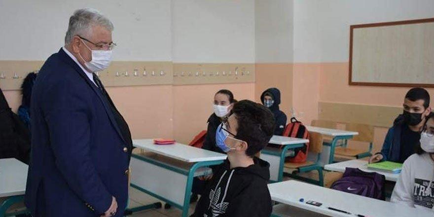 Yozgat İl Milli Eğitim Müdürü Yazıcı'nın okul ziyaretleri devam ediyor