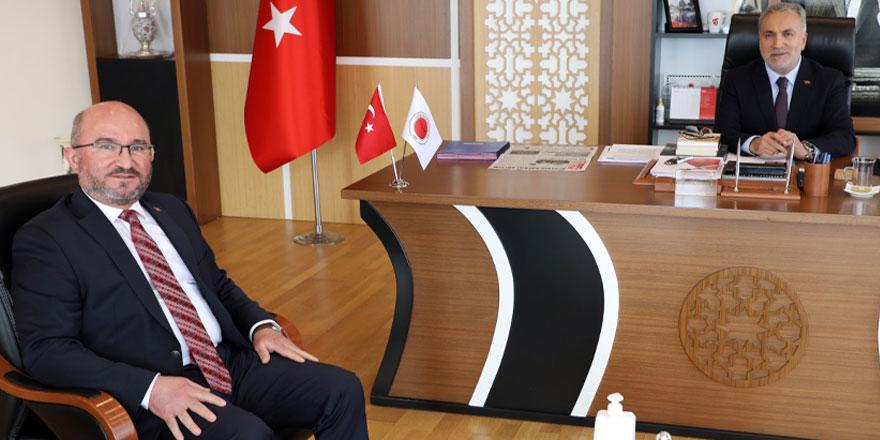 KOP Başkanı Şahin'den Bozok Üniversitesi'ne ziyaret