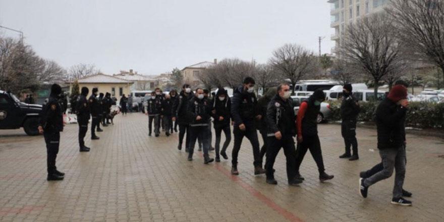 Yozgat'ta peş peşe operasyonlar! Çok sayıda gözaltı var