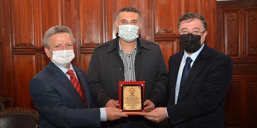 Ak Parti Yozgat İl Başkanları Hayri İnal Konağı'nda buluştu