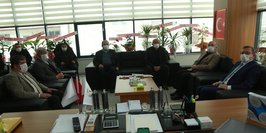 Yozgat Valisi Polat'tan STK'lara ziyaret