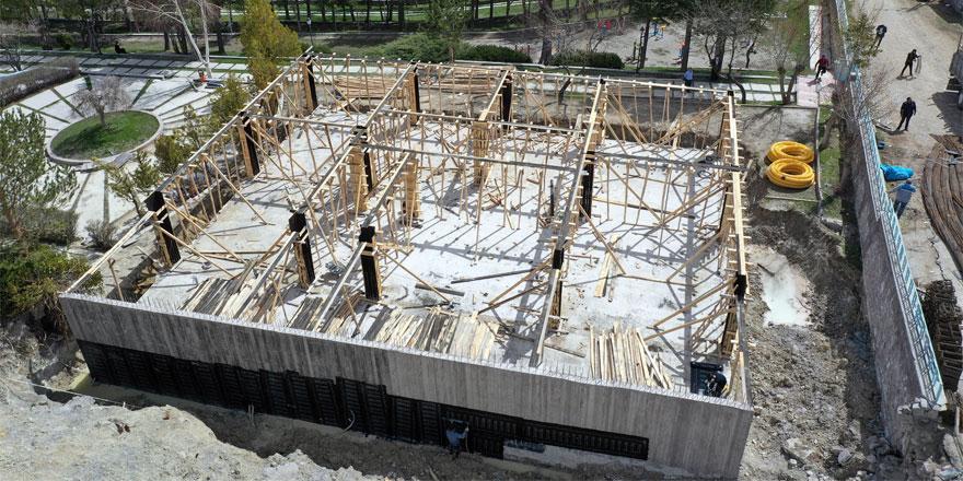 Akdağmadeni'nde inşaat çalışmaları devam ediyor