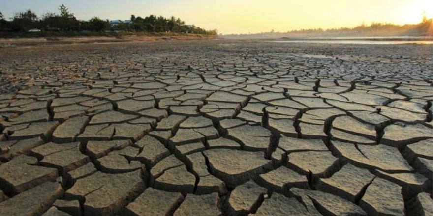Yozgat'ta yaşanan kuraklık çeşmeleri kuruttu