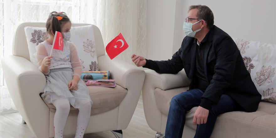 Yozgat Valisi Polat, çocukların davetine duyarsız kalmadı