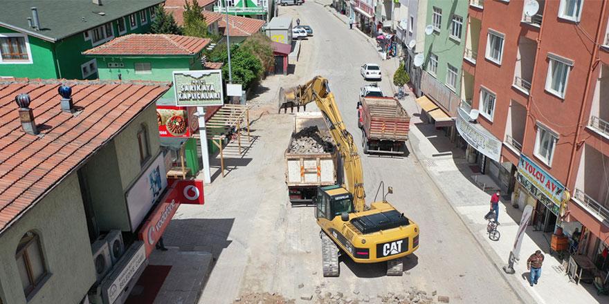 Alperenler Caddesi değişiyor